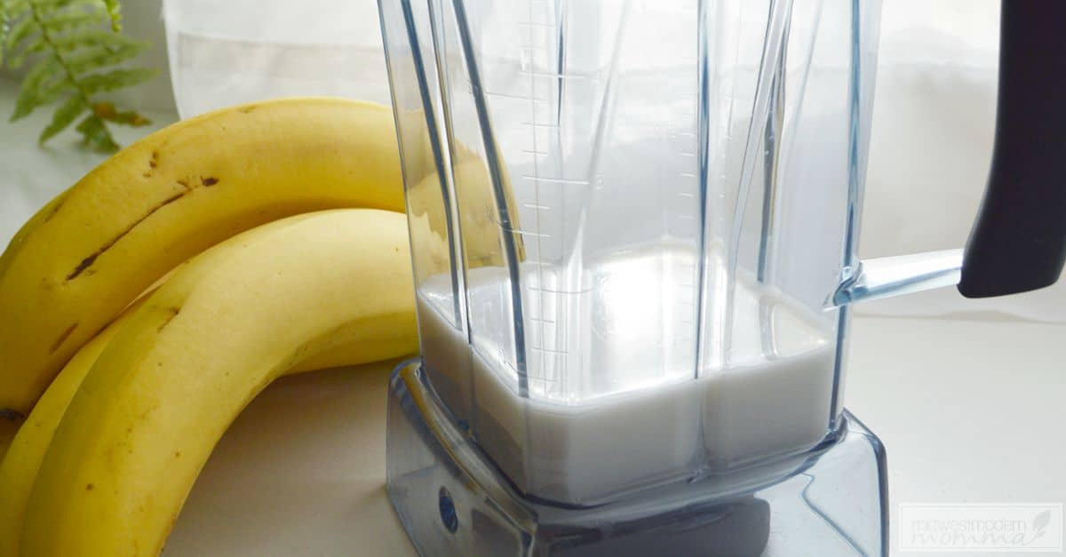 Delicious Banana Almond Milk Recipe