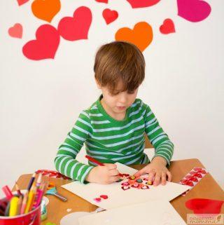 20 Valentine's Day Art Ideas for Kids