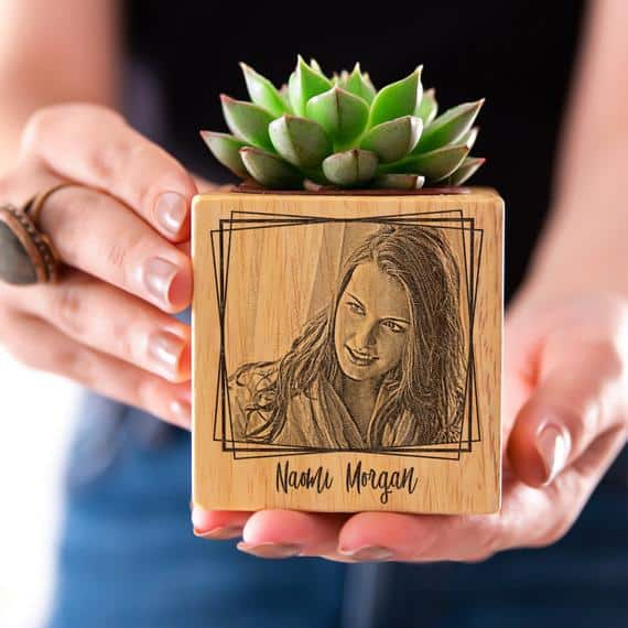 Personalized Pots with Engraved Photo